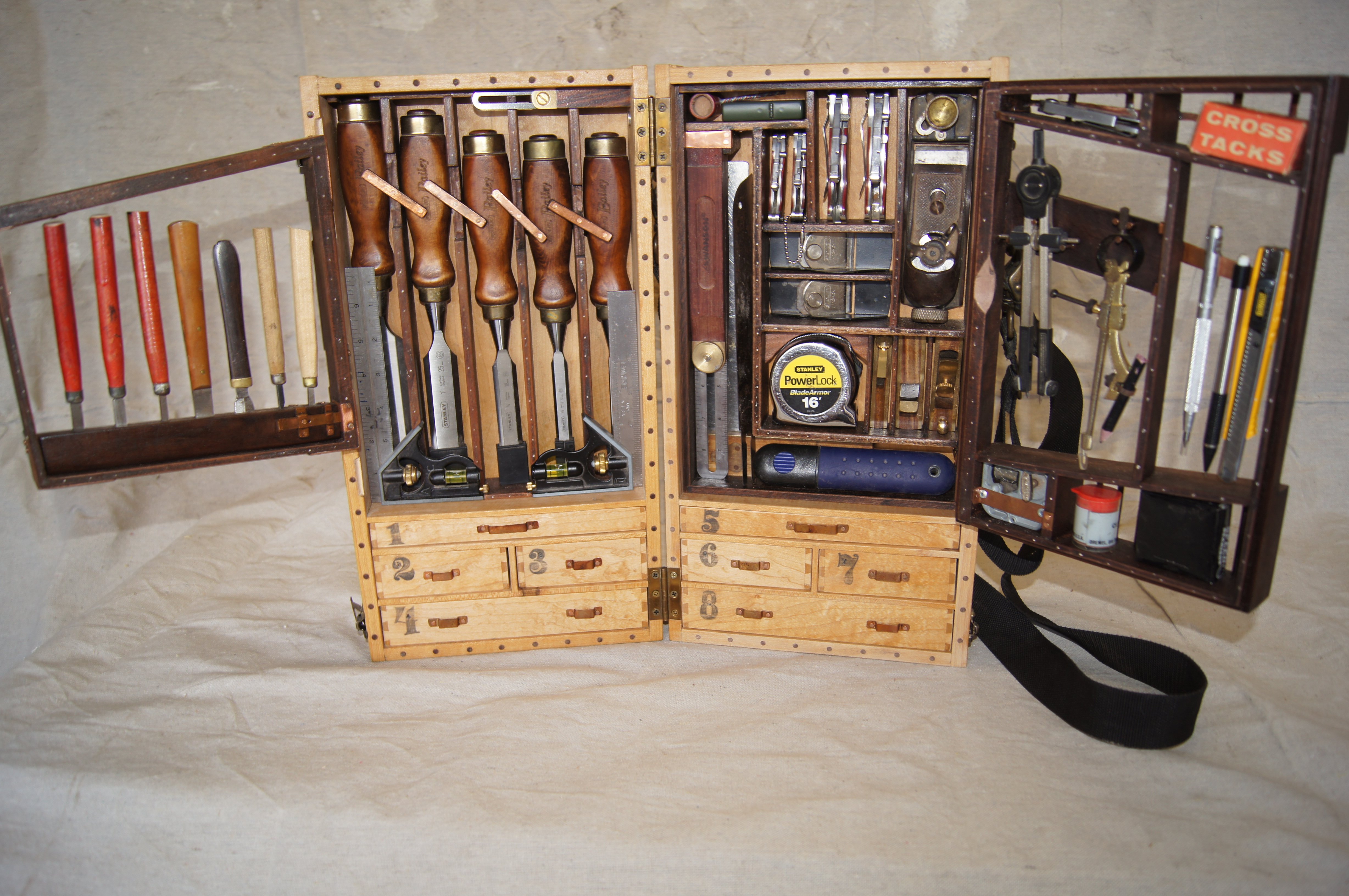 Wooden Toolbox – a new design | going to pieces